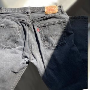 Black Levi 501's Straight Leg Button Fly W36 L32